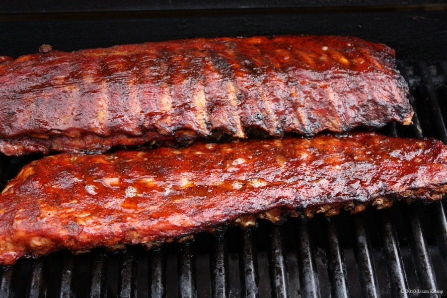 Ribs with Beer and Amaretto BBQ Sauce
